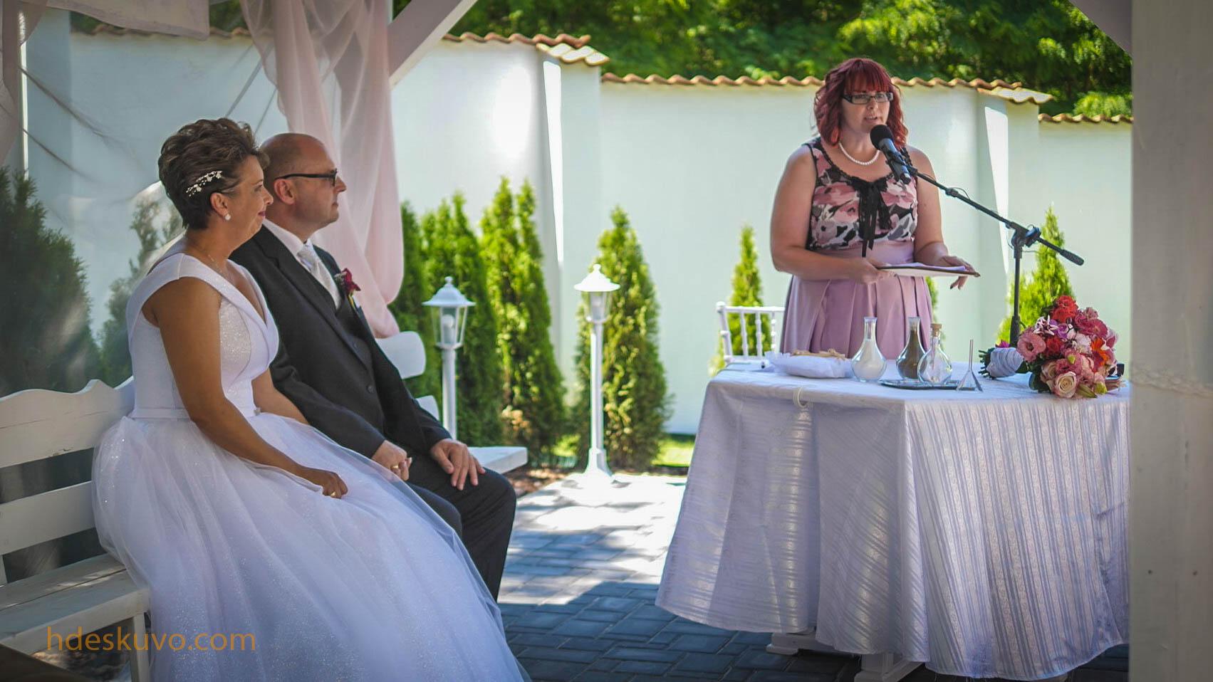 keresek nő esküvői szállás